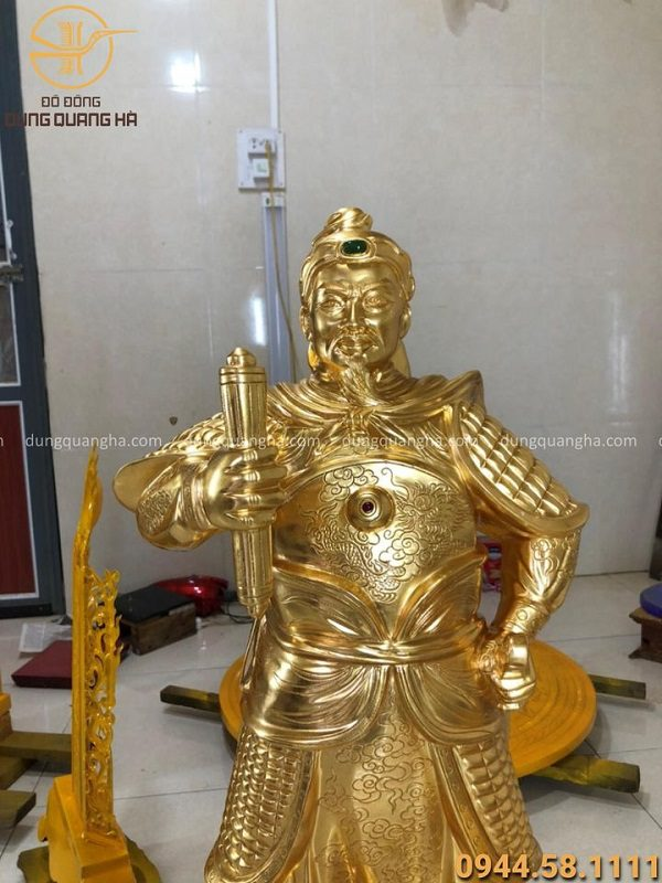 Tượng Trần Hưng Đạo bằng đồng cao 90cm thếp vàng 9999