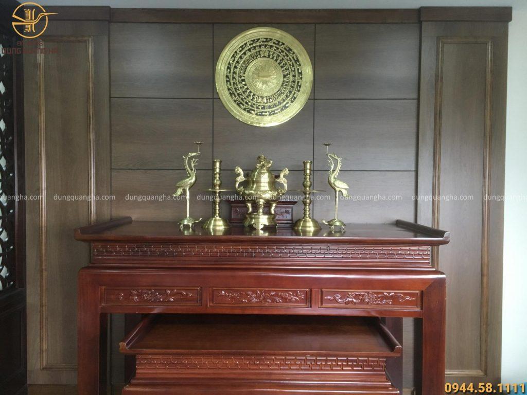 Chọn hướng bàn thờ cần chọn hướng có khí Dương