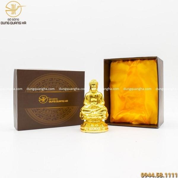 Mẫu tượng Phật A Di Đà để trên xe ô tô với nét đẹp thiêng liêng