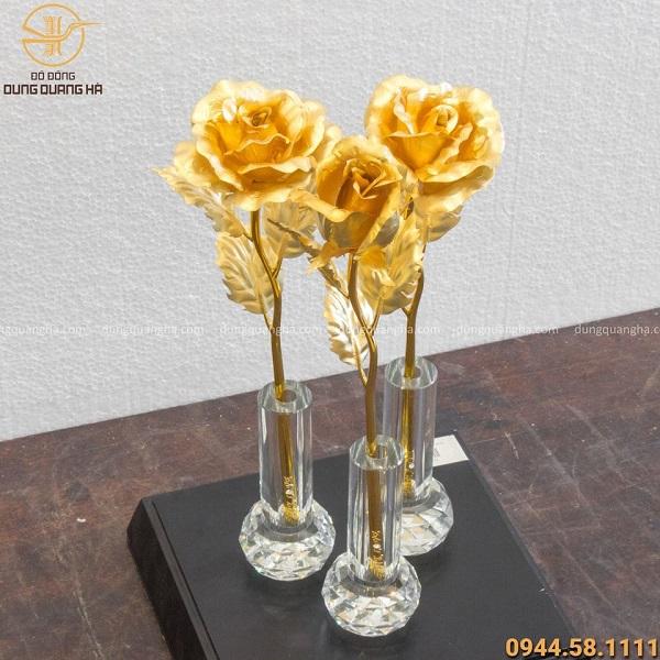 Hoa hồng lưu niệm bằng đồng mạ vàng 24k thiết kế tinh xảo
