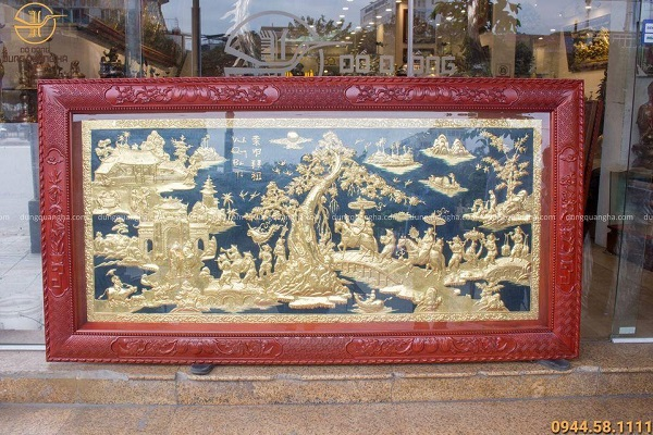 Tranh đồng Vinh Quy Bái Tổ khung gỗ tứ quý đẹp tinh xảo