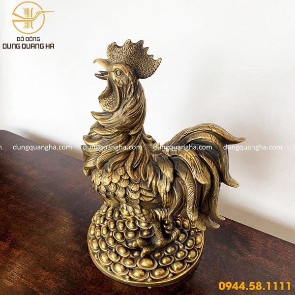 Tượng gà trống bằng đồng vàng mộc