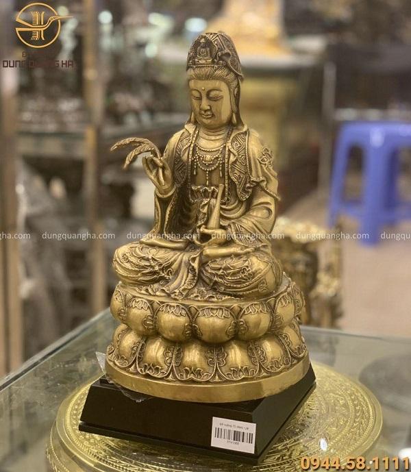 Tượng Phật Quan Thế Âm Bồ Tát bằng đồng vàng cao 30cm