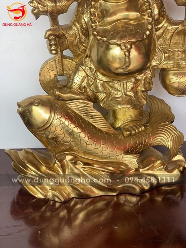 Tượng Phật Di Lặc cưỡi cá chép, giúp gia chủ may mắn, phát tài