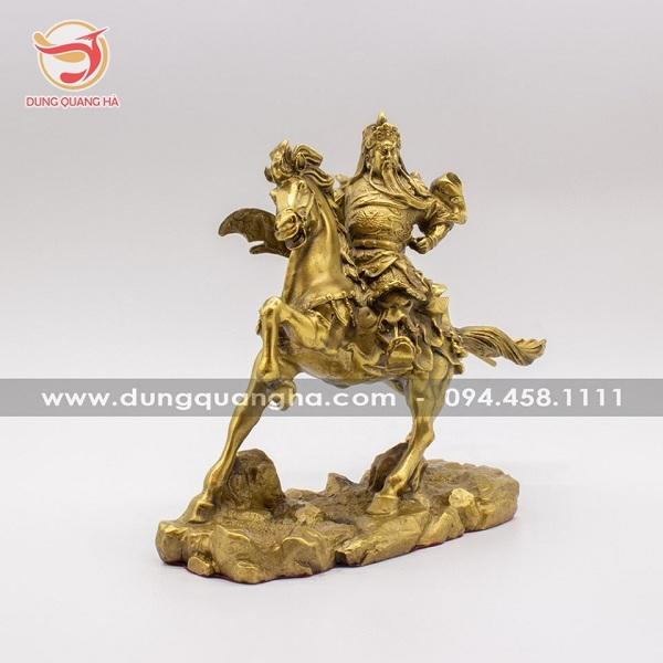 Mẫu tượng Quan Công cưỡi ngựa uy phong bán chạy tại đồ đồng Dung Quang Hà