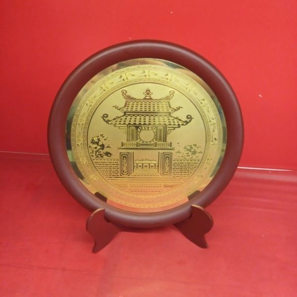 Hình ảnh Khuê Văn Các được khắc trên đĩa đồng