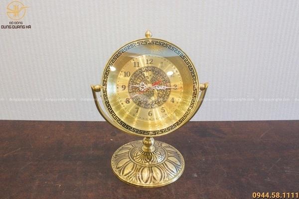 Quà tặng đồng hồ mặt trống đồng để bàn bằng đồng cao 30cm