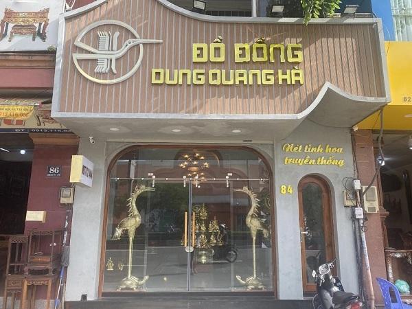 Đồ đồng Dung Quang Hà phục vụ quý khách hàng cả trực tiếp tại cửa hàng và trực tuyến qua các kênh online