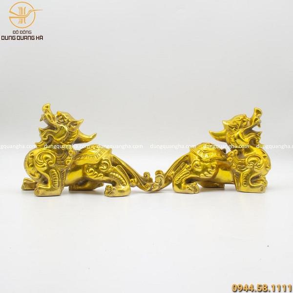 Cặp tượng tỳ hưu đẹp tinh xảo bằng đồng vàng mộc