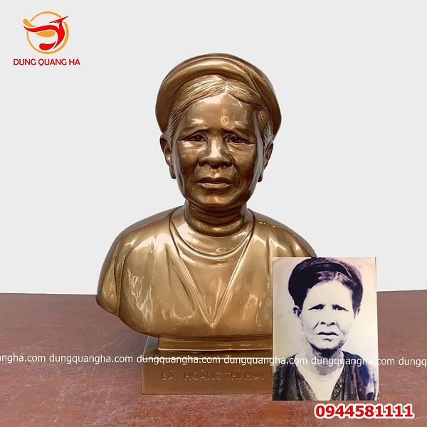 Bức tượng chân dung hoàn thiện theo yêu cầu bằng đồng đỏ cao 60cm