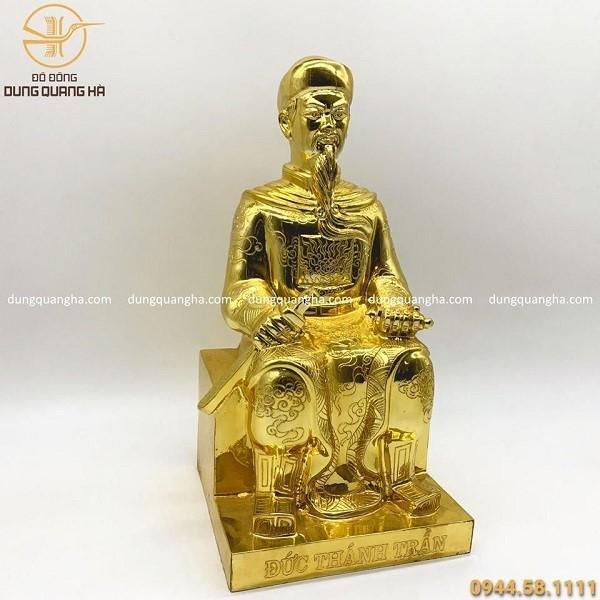 Tượng bằng đồng mạ vàng Đức Thánh Trần ngồi ghế