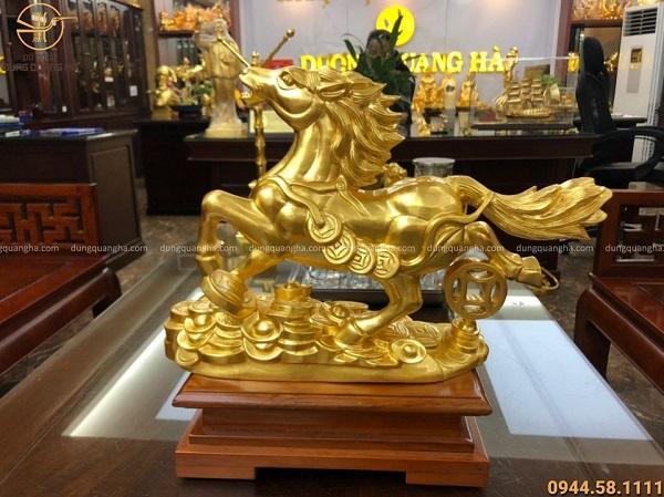 Tượng ngựa bằng đồng đỏ thếp vàng 9999 chiều ngang 30cm