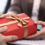 5 + món quà lưu niệm cao cấp dành tặng đối tác, cấp trên