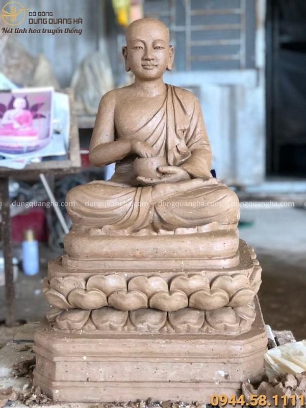Tượng Phật khất thực cao 61cm bằng đồng đỏ đẹp tôn nghiêm