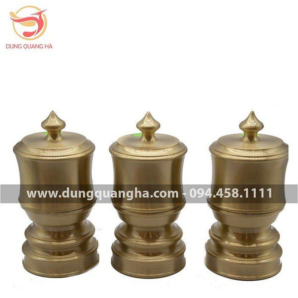 Đài thờ bằng đồng vàng mộc cổ kính tinh xảo