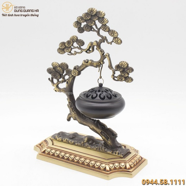 Lư đốt trầm hương treo cây tùng bằng đồng đẹp tinh xảo