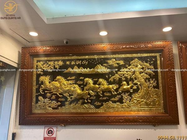 Tranh Mã Đáo Thành Công 2m3 dát vàng khung gỗ gụ hoa văn tứ quý