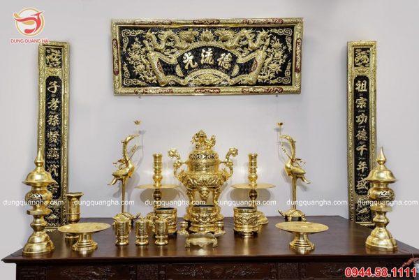 Bộ đồ thờ cúng bằng đồng đầy đủ thếp vàng 9999