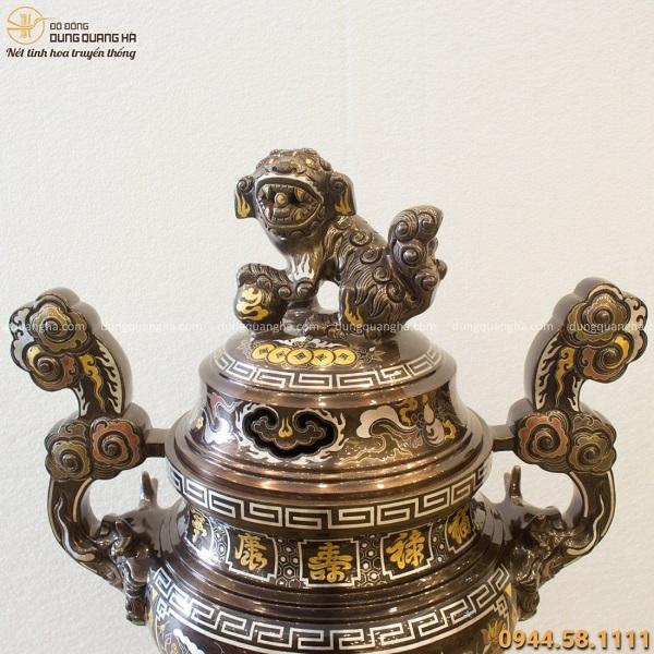 Đỉnh đồng họa tiết sen khảm ngũ sắc 5 chữ Hán mạ vàng