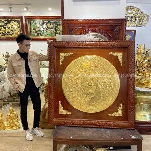 Mặt trống đồng thếp vàng đường kính 90cm khung gỗ gụ 1m33