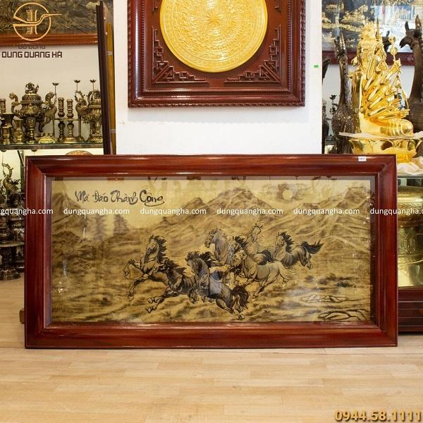 Quà tặng tranh mã đáo thành công bằng đồng, khung gỗ