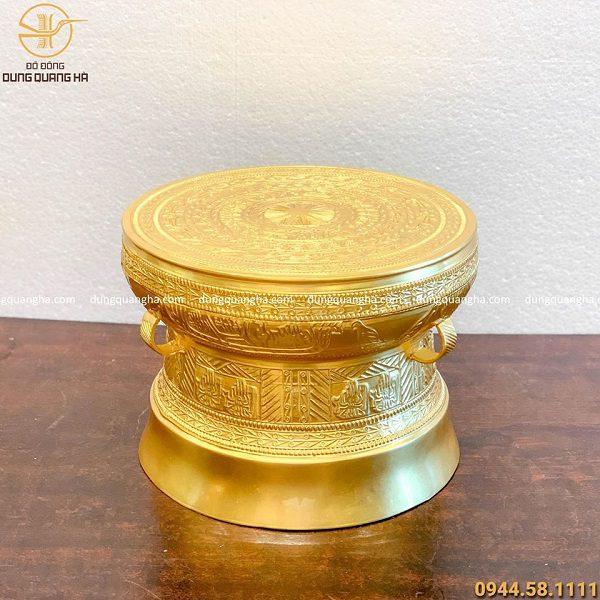 Trống đồng lưu niệm bằng đồng đỏ dát vàng