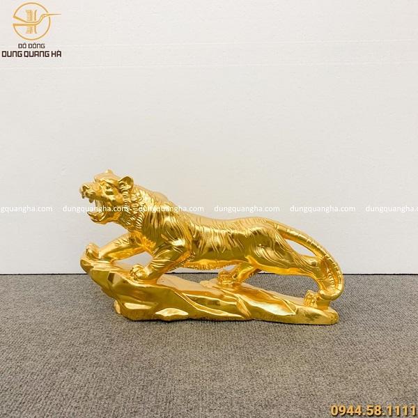 Tượng hổ dát vàng