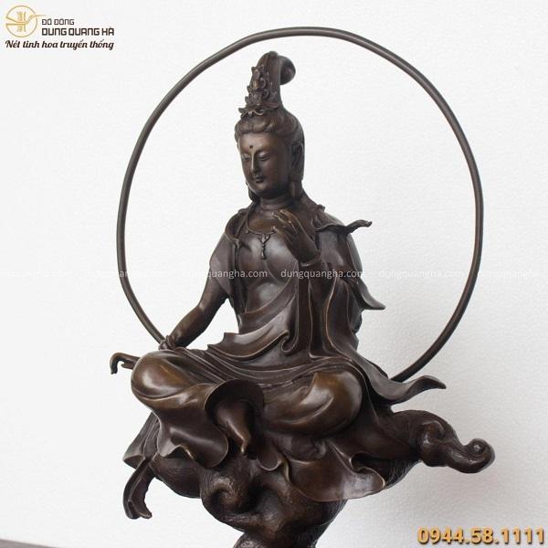 Tượng Phật Quan Âm Tự Tại cao 45cm bằng đồng vàng hun cổ kính