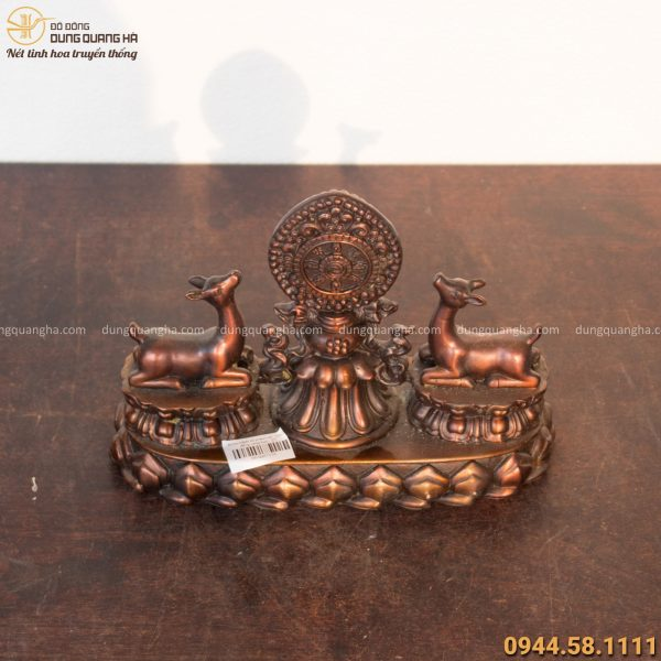 Bánh xe pháp luân bằng đồng biểu tượng linh thiêng của Đạo Phật