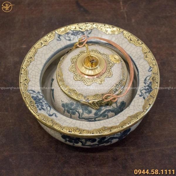 Điếu bát gốm bọc đồng đường kính 18cm họa tiết cổ kính