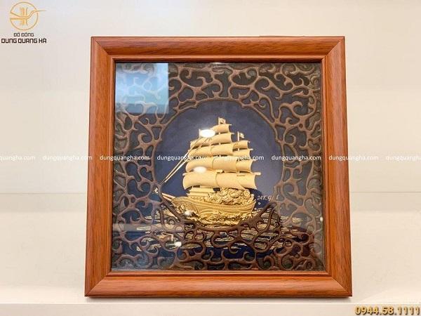 Tranh lưu niệm thuyền buồm mạ vàng 24k
