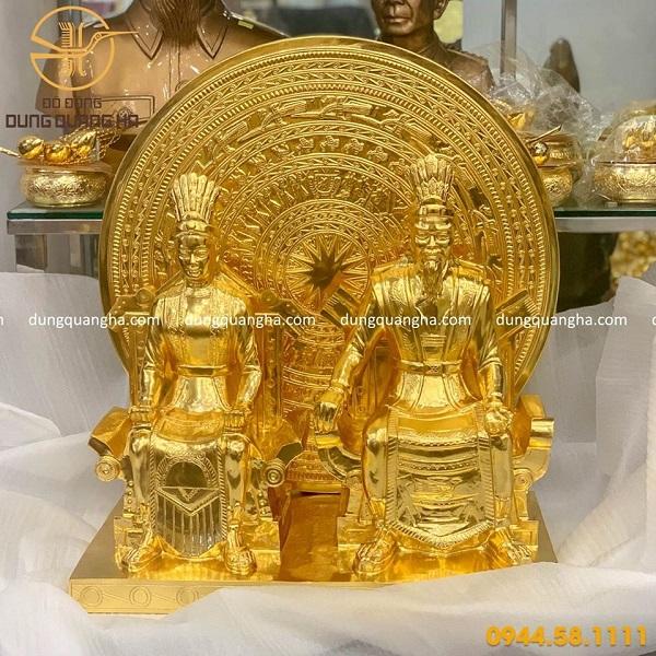 Tượng Âu Cơ Lạc Long Quân bằng đồng thếp vàng 9999