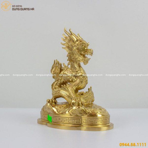 Tượng rồng bằng đồng cattut