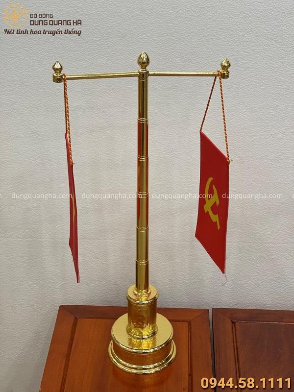 Cột cờ bằng đồng để bàn làm việc mạ vàng 24k cao 57cm mẫu 1
