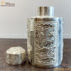 Hộp đựng trà bằng đồng hoa văn rồng phượng mạ bạc cao 15cm