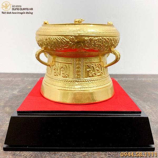 Quả trống đồng Ngọc Lũ bằng đồng dát vàng tinh tế sang trọngQuả trống đồng Ngọc Lũ bằng đồng dát vàng tinh tế sang trọng