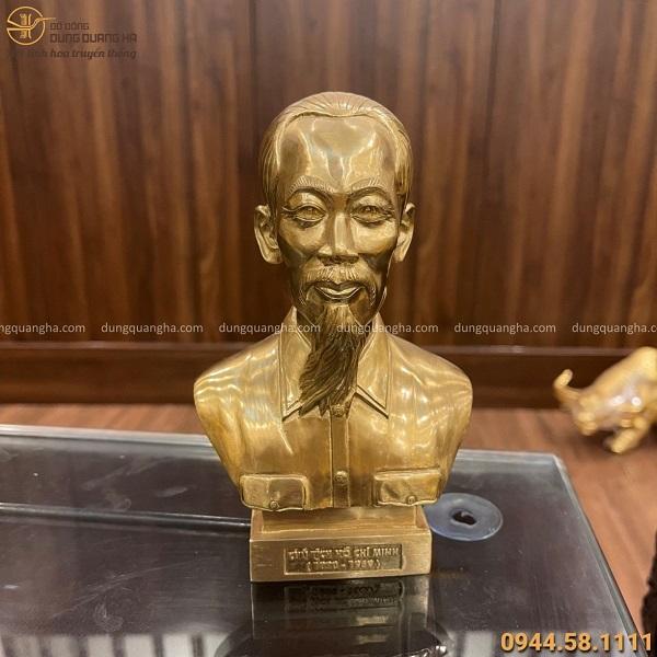 Tượng Bác Hồ nửa người cao 17 cm bằng đồng vàng catut