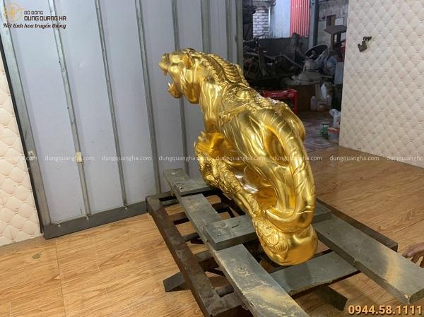 Tượng Hổ bằng đồng thếp vàng 9999 chiều ngang 95cm nặng 100kg
