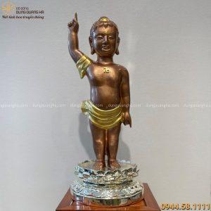 Tượng Phật Đản Sinh bằng đồng vàng tinh xảo cao 60 cm