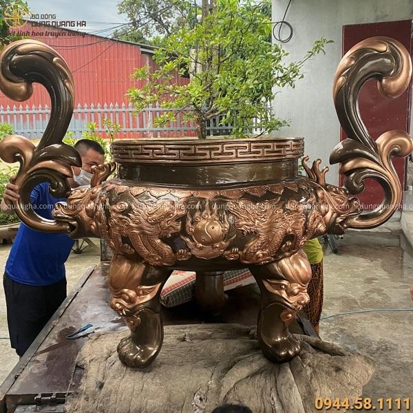 Lư hương bằng đồng đỏ chạm rồng nổi cổ kính tinh xảo nặng 410kg