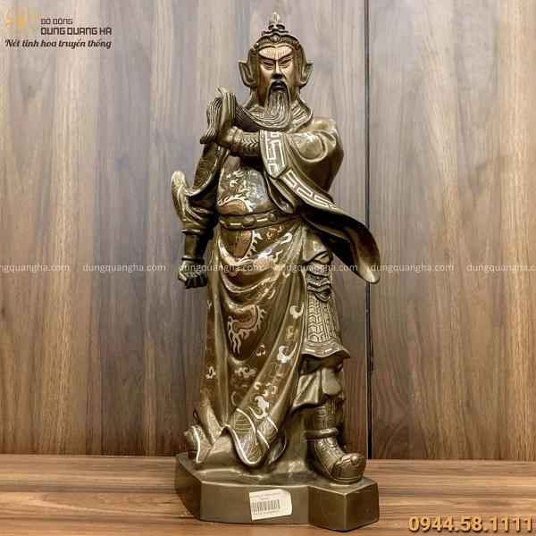 Tượng ông Quan Công cao 50cm oai phong bằng đồng khảm tam khí