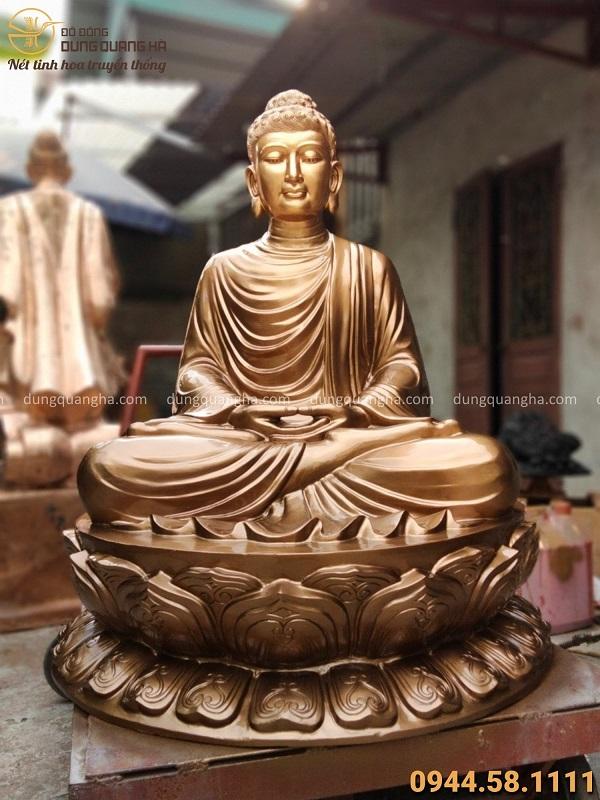 Tượng Phật Thích Ca đẹp bằng đồng đỏ tôn nghiêm cao 1m08