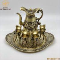 Bộ ấm chén uống trà thiết kế Trung cổ bằng đồng vàng mộc