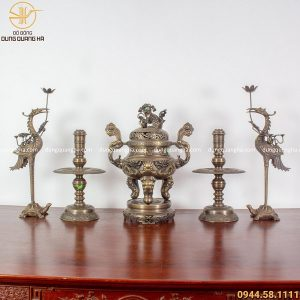 Bộ đồ thờ ngũ sự bằng đồng vàng hun chạm rồng cao 60cm