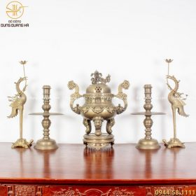 Bộ ngũ sự đồng vàng hun - 70cm chạm sòi chữ Hán tinh xảo