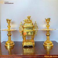 Bộ thờ tam sự nến đỉnh vuông bằng đồng mạ vàng
