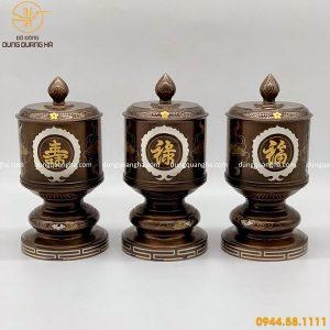 Đài thờ bằng đồng khảm ngũ sắc hoa văn tinh tế