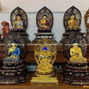 Dát vàng 6 pho tượng Phật bằng gỗ theo yêu cầu quý khách