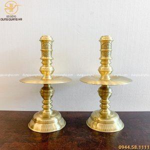 Đôi chân nến bằng đồng vàng mộc trơn cao 70cm