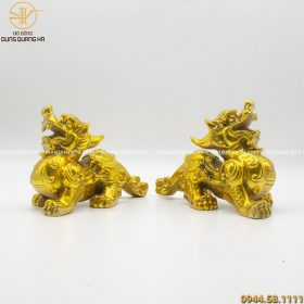Đôi tượng Tỳ Hưu bằng đồng vàng mộc cao 16cm dài 26cm